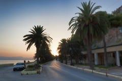A estrada que conduz de Loutraki ao oeste Fotos de Stock