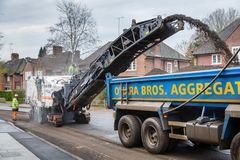 Estrada que resurfacing o Reino Unido Imagem de Stock