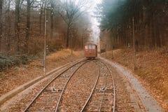Estrada Railway da cidade de Heidelberg acima do monte fotos de stock