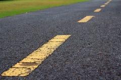 Estrada reta no fundo e na textura Imagens de Stock