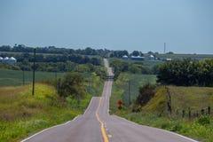 Estrada secundária longa e montanhosa Imagem de Stock Royalty Free