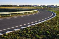 Estrada sem carros e nuvens Foto de Stock