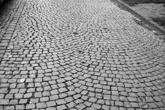 Estrada velha das pedras de pavimentação Fotos de Stock