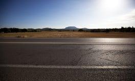 Estrada - vista através da imagem Imagem de Stock Royalty Free