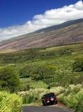 Estradas da montanha de Maui de cruzamento Fotos de Stock Royalty Free