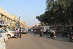 Estradas ocupadas de visita de Jaipur, a capital de Rajasthan foto de stock