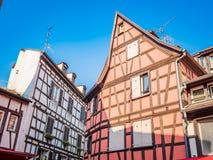 Estrasburgo, Francia - casas enmaderadas pintorescas en el La Petite France en la ciudad vieja del cuento de hadas medieval de Es fotografía de archivo