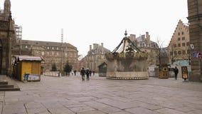 Estrasburgo Francia después de attentados terroristas en el mercado de la Navidad metrajes