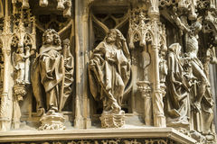 Estrasburgo - la catedral gótica, esculturas Imágenes de archivo libres de regalías