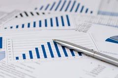 Estratégia no negócio e na finança Imagens de Stock