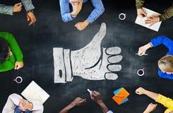 Estratégia S da reunião de planeamento da cooperação da sessão de reflexão do quadro-negro Imagens de Stock Royalty Free