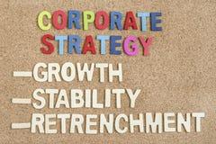 Estrategia corporativa en el tablero fotos de archivo