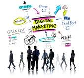 Estrategia de marcado en caliente del márketing de Digitaces medios concepto en línea Imagen de archivo