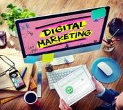 Estrategia de marcado en caliente del márketing de Digitaces medios concepto en línea imágenes de archivo libres de regalías