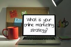 Estrategia de marketing en línea Fotos de archivo libres de regalías