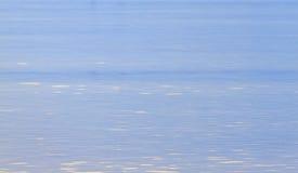 Estratto della superficie dell'acqua blu Fotografia Stock Libera da Diritti