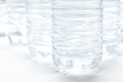 Estratto delle bottiglie di acqua Fotografie Stock