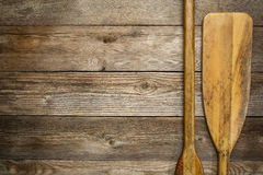 Estratto di legno della pagaia della canoa Immagini Stock Libere da Diritti