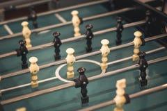 Estrattore a scatto del gioco di calcio della tavola di calcio Concetto dello sport di squadra immagine stock