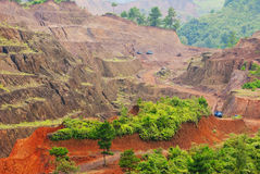Estrazione mineraria del minerale metallifero del manganese fotografie stock libere da diritti