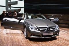 Estreia mundial do cupé novo de Mercedes-Benz E 500 Imagem de Stock Royalty Free