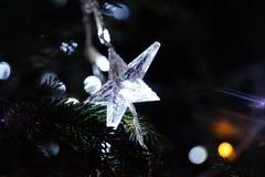 Estrela da decoração da árvore do ano novo dada forma Foto de Stock Royalty Free
