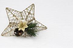 Estrela dourada do Natal foto de stock royalty free