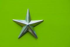 Estrela no fundo verde Foto de Stock Royalty Free