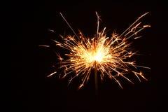 Estrelas e chuveirinhos dos fogos-de-artifício Fotografia de Stock Royalty Free