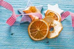 Estrelas e frutas secadas Fotografia de Stock