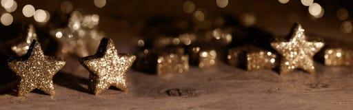 Estrelas efervescentes douradas fotos de stock royalty free