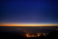 Estrelas sobre o darkland Fotografia de Stock Royalty Free
