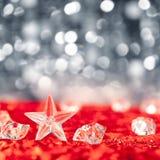 Estrella cristalina de la Navidad en los cubos de hielo Foto de archivo