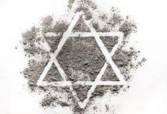 Estrella de David hecha de cenizas Imagenes de archivo