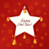 Estrella de la Navidad con las campanas en un fondo rojo Imagenes de archivo