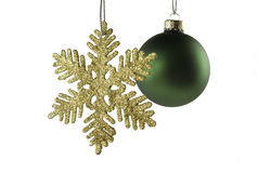 Estrella de oro con la esfera verde Foto de archivo libre de regalías