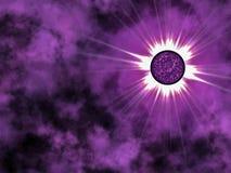 Estrella de oro en espacio. Imagenes de archivo