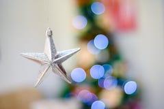 Estrella de plata para el decoaration de la Navidad Foto de archivo