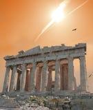 Estrella fugaz sobre acrópolis Imagenes de archivo
