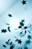 Estrellas de la Navidad que caen Imagen de archivo libre de regalías