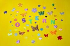 Estrellas de las flores de mariposas del día de fiesta de la primavera de pascua domingo Imagenes de archivo
