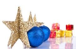 Estrellas de Navidad con la reflexión Foto de archivo