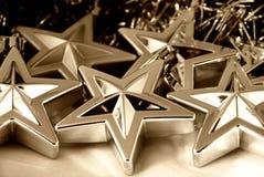Estrellas de plata de la Navidad Imágenes de archivo libres de regalías