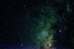 Estrellas y fondo del universo de la noche del cielo del espacio exterior de la galaxia Fotos de archivo libres de regalías