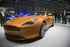 Estreno mundial de Aston Martin Virage Imagen de archivo
