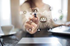 Estructura de organización de gente Hora Recursos humanos y reclutamiento Comunicación, tecnología de Internet Concepto del asunt foto de archivo libre de regalías