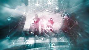 Estructura de red de la gente de la exposición doble hora - gestión de recursos humanos y concepto del reclutamiento fotografía de archivo