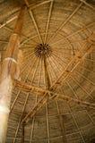 Estructura de tejado de bambú Fotos de archivo libres de regalías