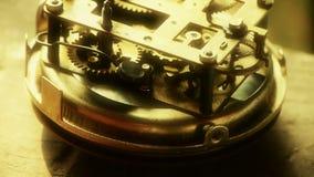 Estructura interna del reloj, transportes, engranajes almacen de metraje de vídeo