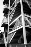 Estrutura arquitetónica preta & branca da escadaria Imagem de Stock Royalty Free